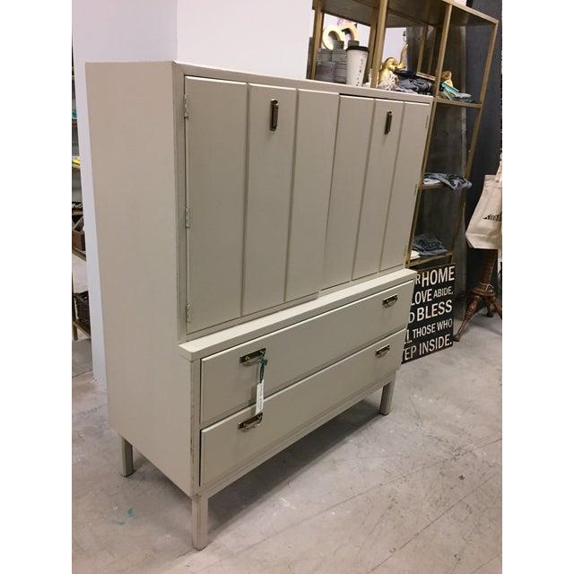 Mid-Century Modern Tan Dresser - Image 6 of 9