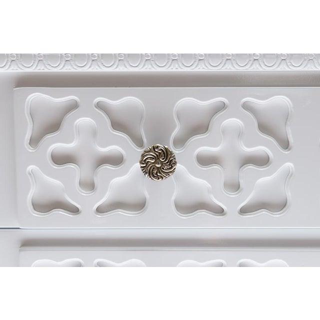 White Lacquer Trellis Dresser - Image 4 of 6