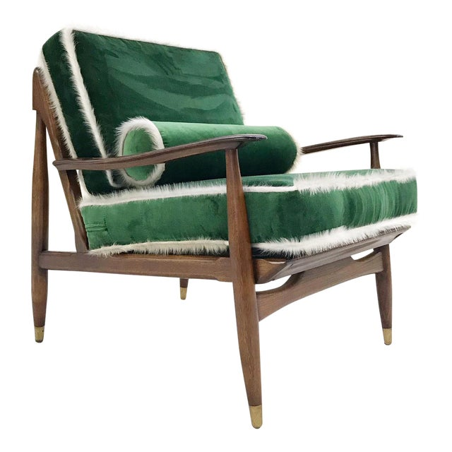 Vintage Walnut Lounge Chair Attributed to Finn Juhl Restored in Schumacher's Emerald Green Silk Velvet and Brazilian Cowhide For Sale