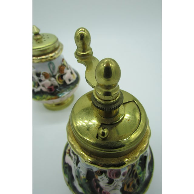 Capodimonte Vintage Italian Capodimonte High Relief Gold Gilded Salt Shaker & Pepper Mill For Sale - Image 4 of 8