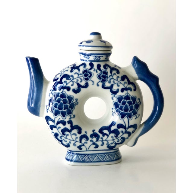 Round Teapot in Blue and White Chinoiserie For Sale - Image 11 of 11