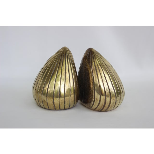 1950s 1950s Vintage Ben Seibel Jenfred-Ware Brass Clam Bookends - A Pair For Sale - Image 5 of 8