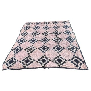 19th Century Blue & White Arrow Pattern Quilt With Red Stripe Back Round For Sale