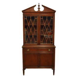 1960's Vintage Antique Duncan Phyfe Mahogany China Cabinet For Sale