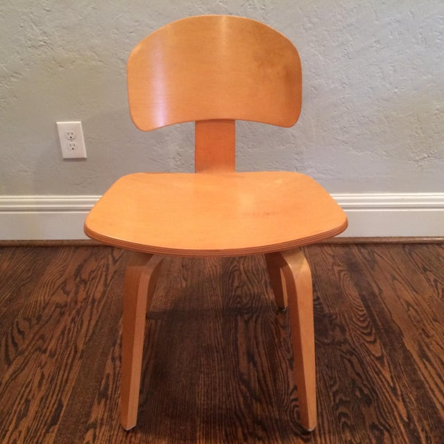 This is a classic mid century Thonet molded plywood design, with a different seat back than what I typically see. These...