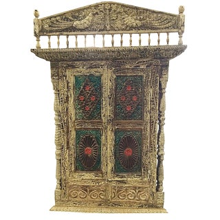 18th C. Jharokha Carved Peacock Hotel Architectural Window For Sale