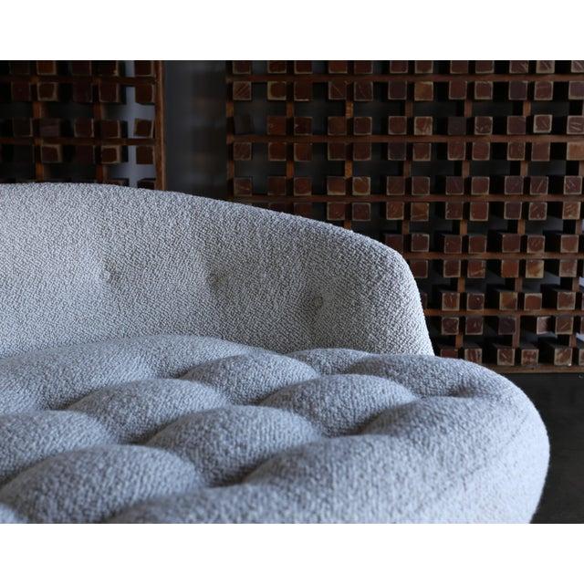 Milo Baughman for Thayer Coggin Milo Baughman Large Swivel Lounge Chair for Thayer Coggin, Circa 1970 For Sale - Image 4 of 13
