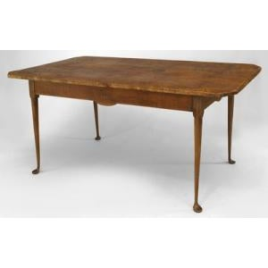 American Country (18th Cent) Queen Anne style rectangular dining table For Sale