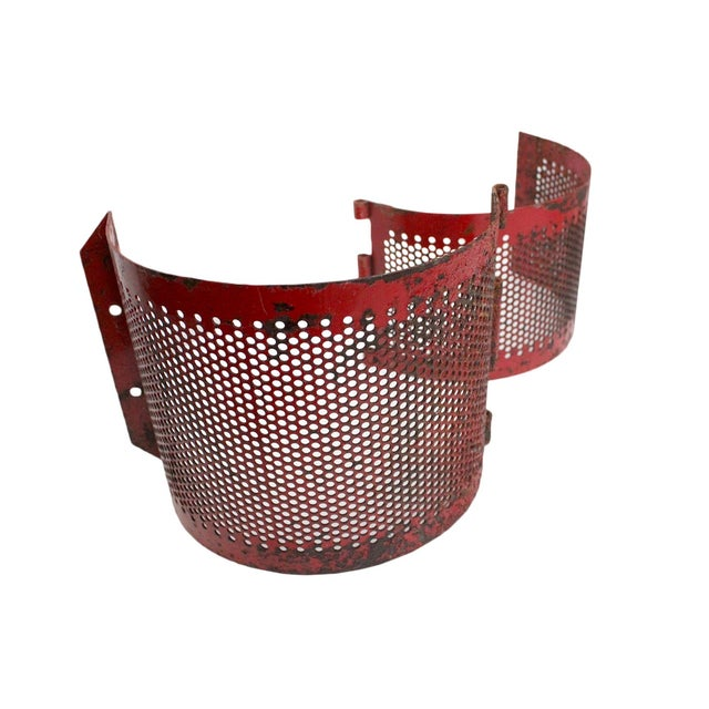 Red Metal Brackets - A Pair - Image 3 of 4