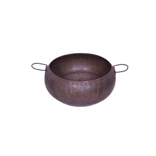Jule Iron Decorative Pot, Iron Pot for Kitchen With Rustic Finish For Sale