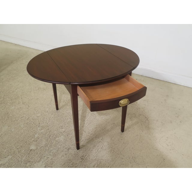 1990s Vintage Henkel Harris Mahogany Pembroke End Tables- A Pair For Sale In Philadelphia - Image 6 of 12
