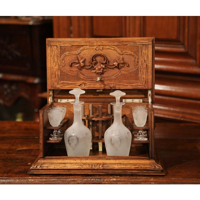 19th Century French Black Forest Carved Walnut Cave a Liqueur With Cigar Holders For Sale - Image 13 of 13