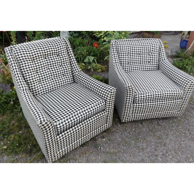 Mid-Century Modern Kroehler Mid-Century Houndstooth Chairs - A Pair For Sale - Image 3 of 11