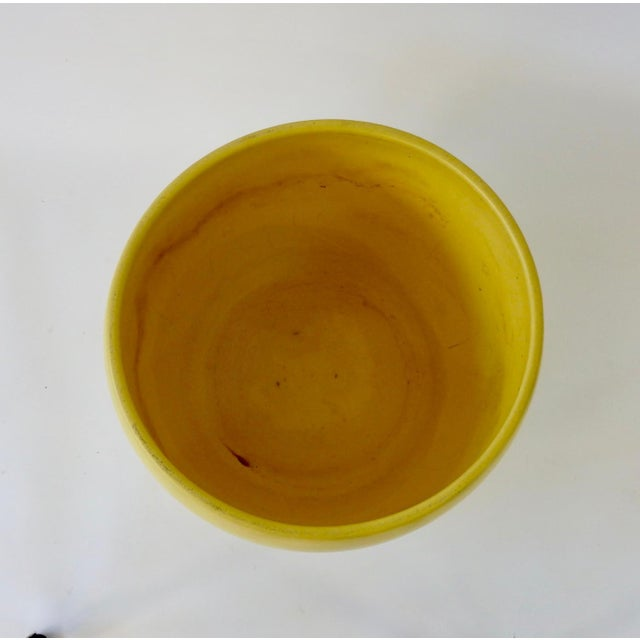 Mid-Century Modern Early Gainey Large Yellow California Modern Planter Pot For Sale - Image 3 of 6