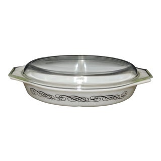 Pyrex Black Scroll Divided Dish With Lid
