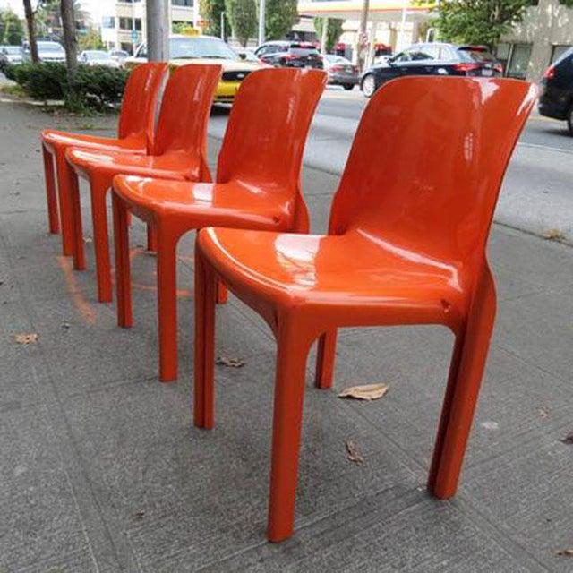 Orange Mid Century Magistretti Italian Artemide Selene Poppy Orange Chairs- Set of 4 For Sale - Image 8 of 8