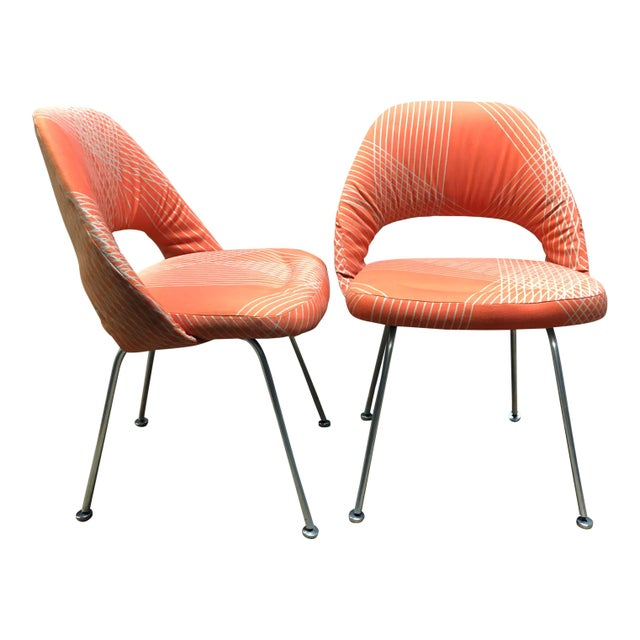 Mid 20th Century Rare Eero Saarinen for Knoll Chairs on Aluminum Legs- a Pair For Sale - Image 5 of 8