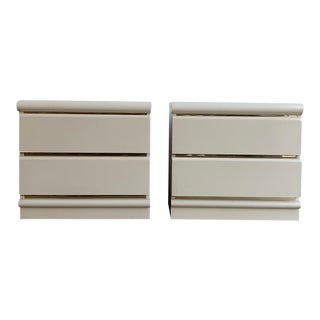1980s White Lacquered Nightstands For Sale