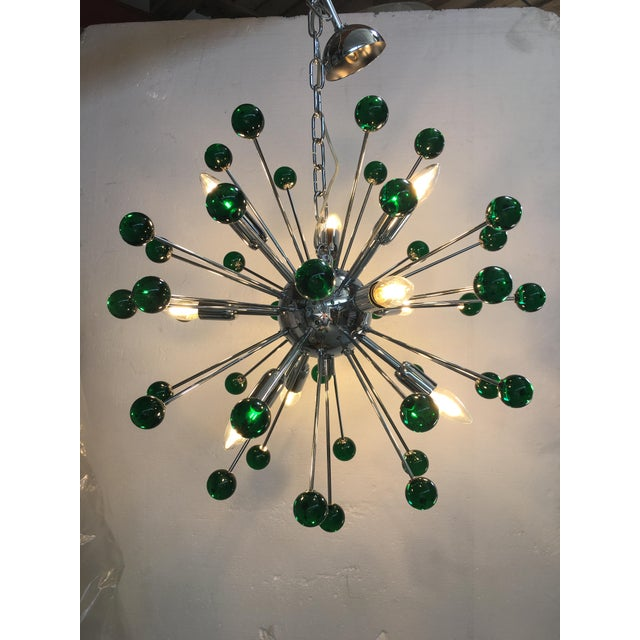 Emerald Green Murano Glass Chandelier in Sputnik Style With a Chrome Base For Sale - Image 6 of 11