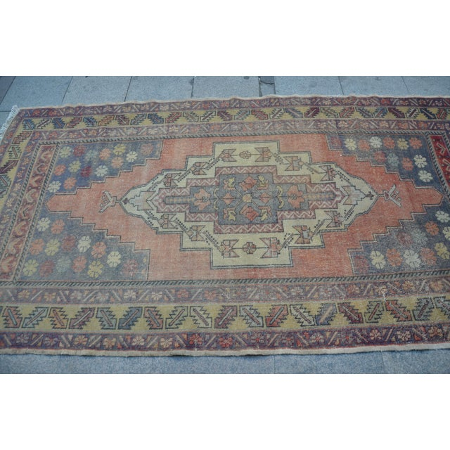 Turkish Tribal Floor Rug - 4′9″ × 8′10″ - Image 4 of 6