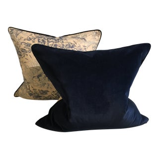 Ralph Lauren Blue and Off-White Hunting Pillows - a Pair