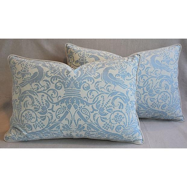 """English Traditional 26"""" X 18"""" Custom Tailored Italian Fortuny Uccelli Feather/Down Pillows - a Pair For Sale - Image 3 of 11"""