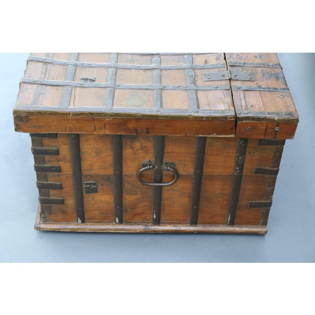 British Colonial Iron Bound Trunk Coffee Table Chest For Sale - Image 9 of 13