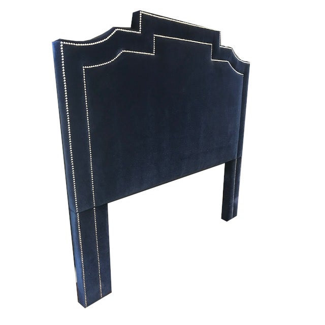 This thick padded frame can turn the bed into a sheltered, cozy place to rest. Perfect for sitting up and leaning back on,...