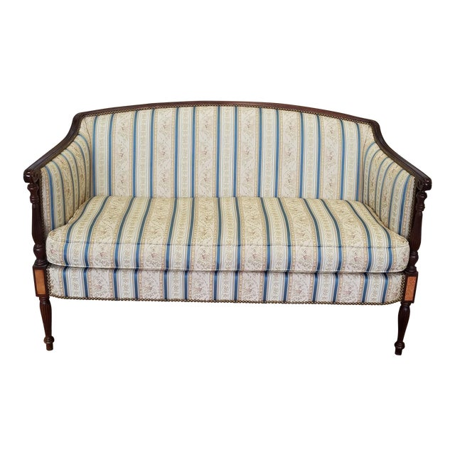 Fantastic Hickory Chair Company James River Collection Sheraton Mahogany Loveseat For Sale