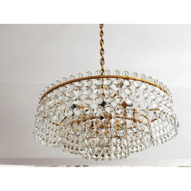 Bakalowits & Sohne Cut Crystal Chandelier by Bakalowits, 1960s For Sale - Image 4 of 6