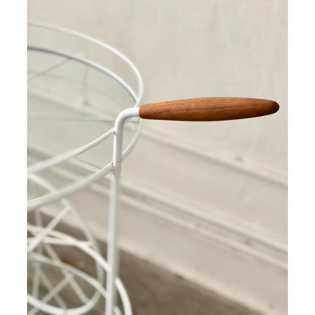 Mid-Century Modern White Vintage Indoor Outdoor Patio Bar Cart with Wooden Handle For Sale - Image 3 of 13