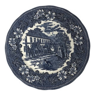 "1828 English Traditional ""Coaching Tavern"" Decorative Plate For Sale"