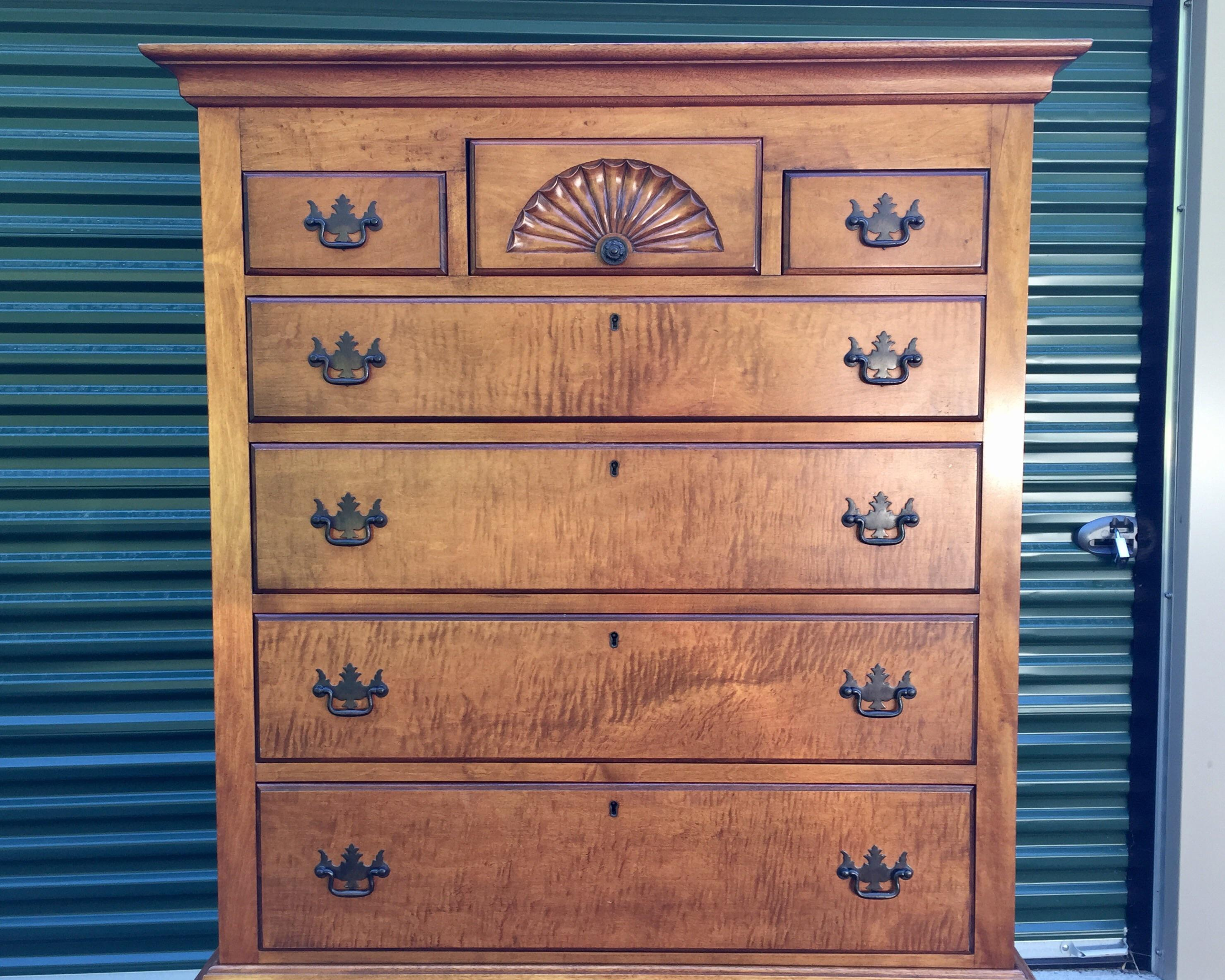 A Tall Vintage Maple Two Piece Queen Anne Highboy Dresser Bureau With 11  Dovetailed Drawers By