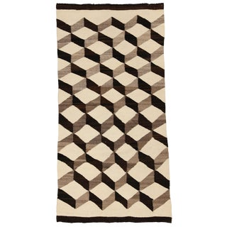 "1920s Vintage Navajo ""Tumbling Blocks"" Rug - 2′6″ × 5′1″ For Sale"