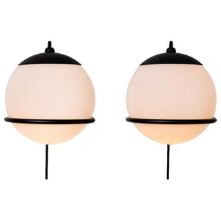 Gino Sarfatti Model 237/1 Wall Lamps in Black - a Pair For Sale