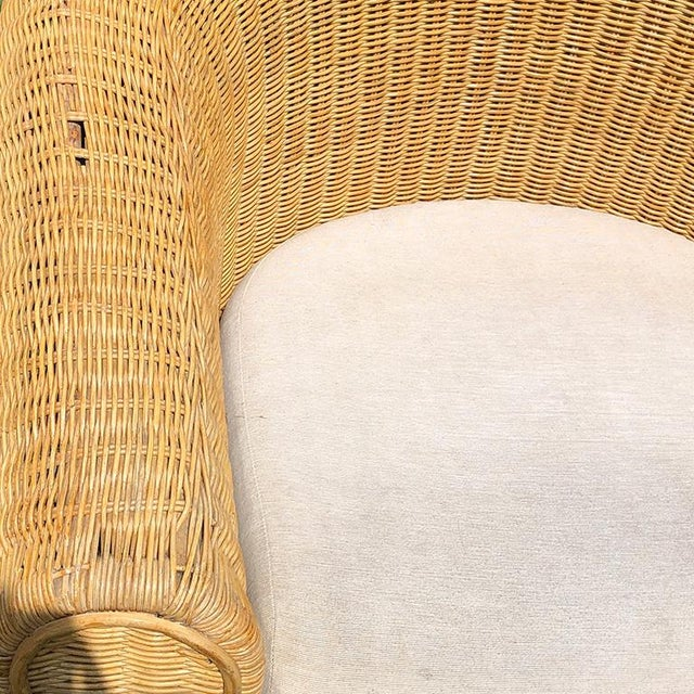Round Wicker Bamboo Rattan Trompe l'Oeil Ghost or Draped Lounge Set 3 Pieces 1970s For Sale - Image 10 of 12