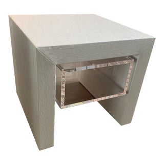 Square Feathers Orleans Side Table For Sale