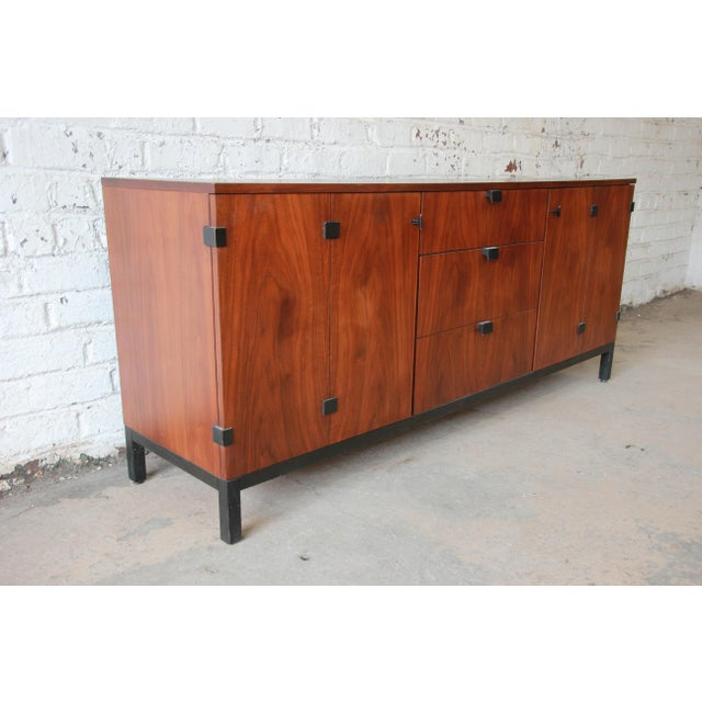 Directional Milo Baughman for Directional Mid-Century Modern Walnut Credenza or Triple Dresser For Sale - Image 4 of 12