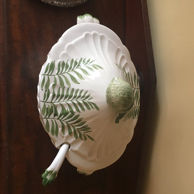 Perfect condition. One owner. Chelsea House large porcelain soup tureen. Made in Italy. Green and white- ferns. Large lime...