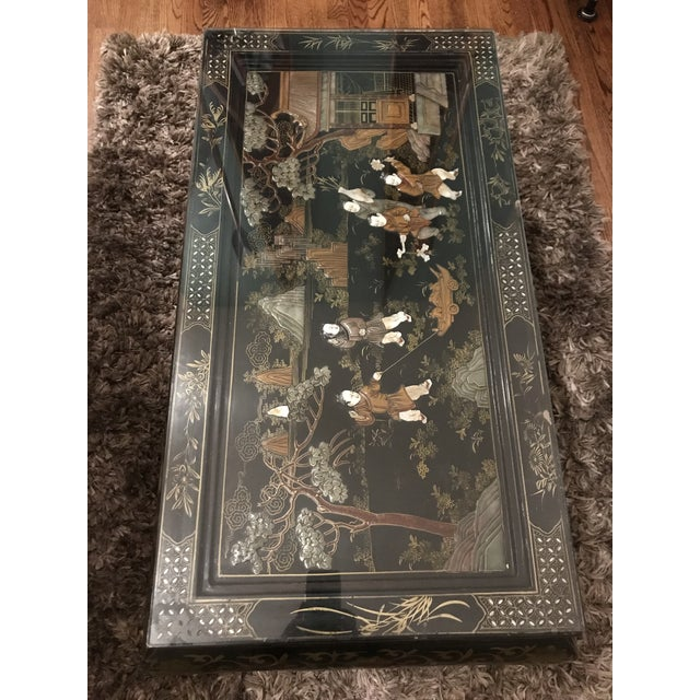 Figurative 1920s Asian Lacquered and Inlaid Coffee Table For Sale - Image 3 of 9