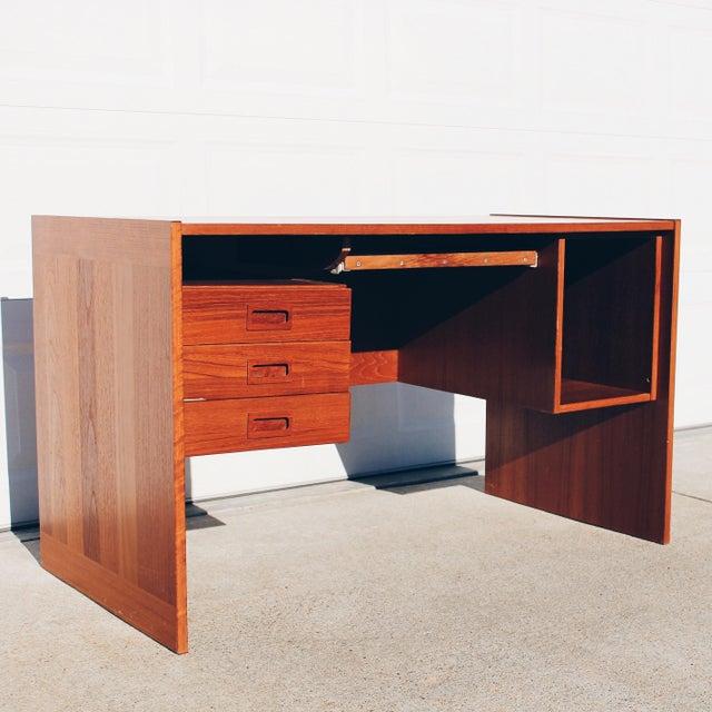 Vi-Ma Mobler Danish Teak Executive Desk - Image 3 of 6