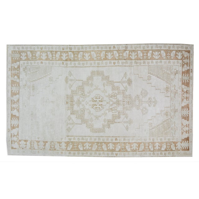 """Vintage Turkish Anatolian Oushak Hand Knotted Organic Wool Fine Weave Rug,4'6""""x8'3"""" For Sale In New York - Image 6 of 6"""