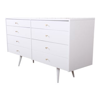 Paul McCobb Planner Group Mid-Century Modern White Lacquered Eight-Drawer Dresser or Credenza, Newly Restored For Sale