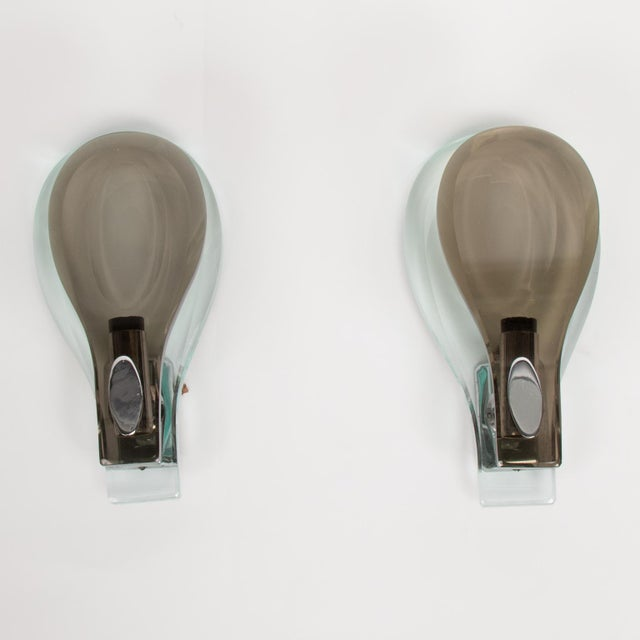 Italian Pair of Fontana Arte Glass Sconces For Sale - Image 3 of 9