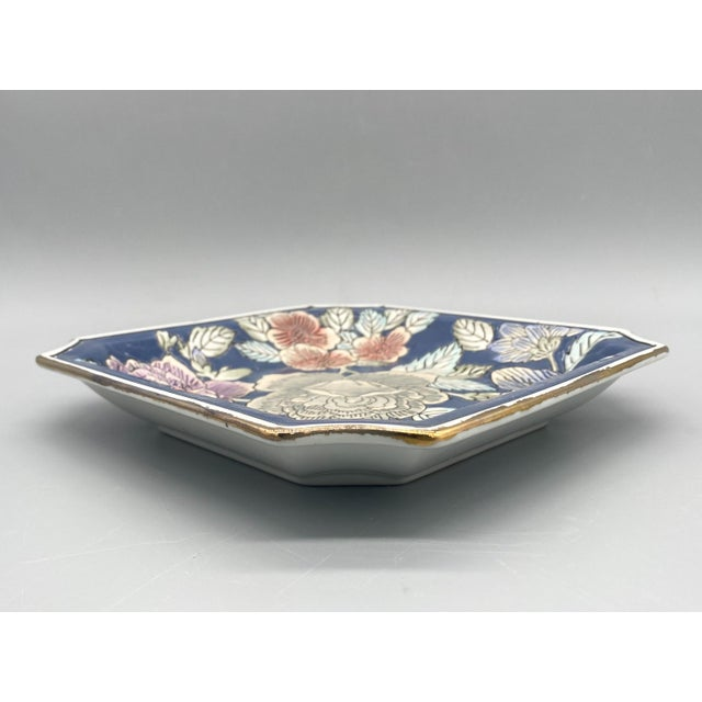 20th Century Chinoiserie Blue and Pink Floral Vide Poche/Catchall Dish For Sale - Image 4 of 6