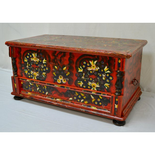 Mid 19th Century Hungarian Pine Trunk or Blanket Chest in Original Paint For Sale - Image 5 of 13