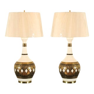Dazzling Restored Pair of Vintage Lamps by Fortune Lamp Company For Sale