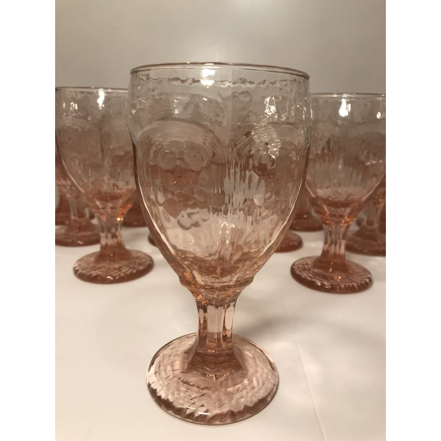 Contemporary 1980s Libbey Rock Sharpe Chivalry Pink Textured Water Goblets - Set of 12 For Sale - Image 3 of 8