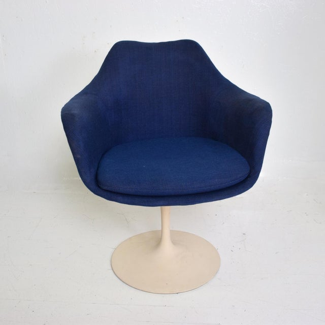 White Knoll Tulip Chair 1956 by Eero Saarinen Mid Century Modern For Sale - Image 8 of 10