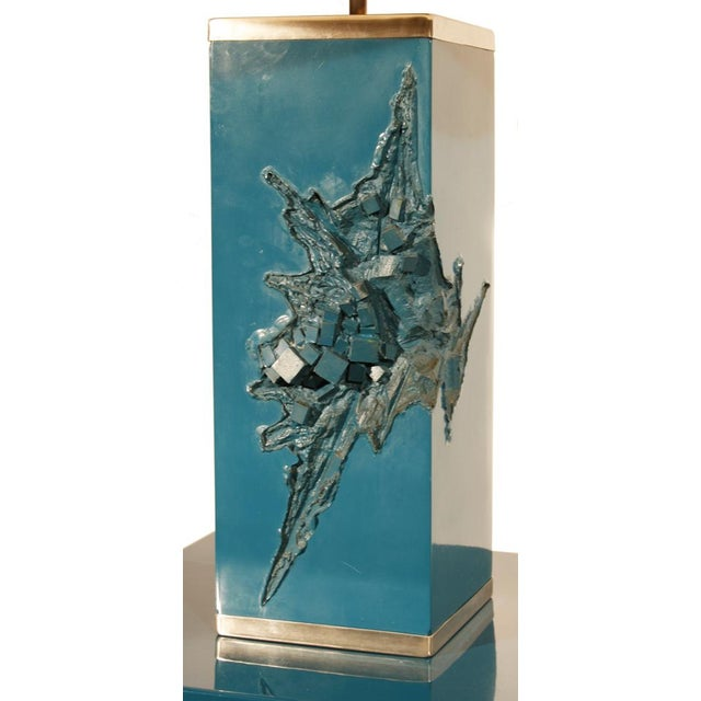 French Maison Charles, Lacquered Corner Table and Lamp, France, 1960s For Sale - Image 3 of 5